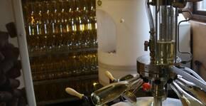 Mise en bouteille du Champagne Marc