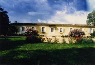 Entrée du Château Magence