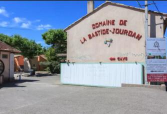 L'entrée du Domaine de la Bastide Jourdan